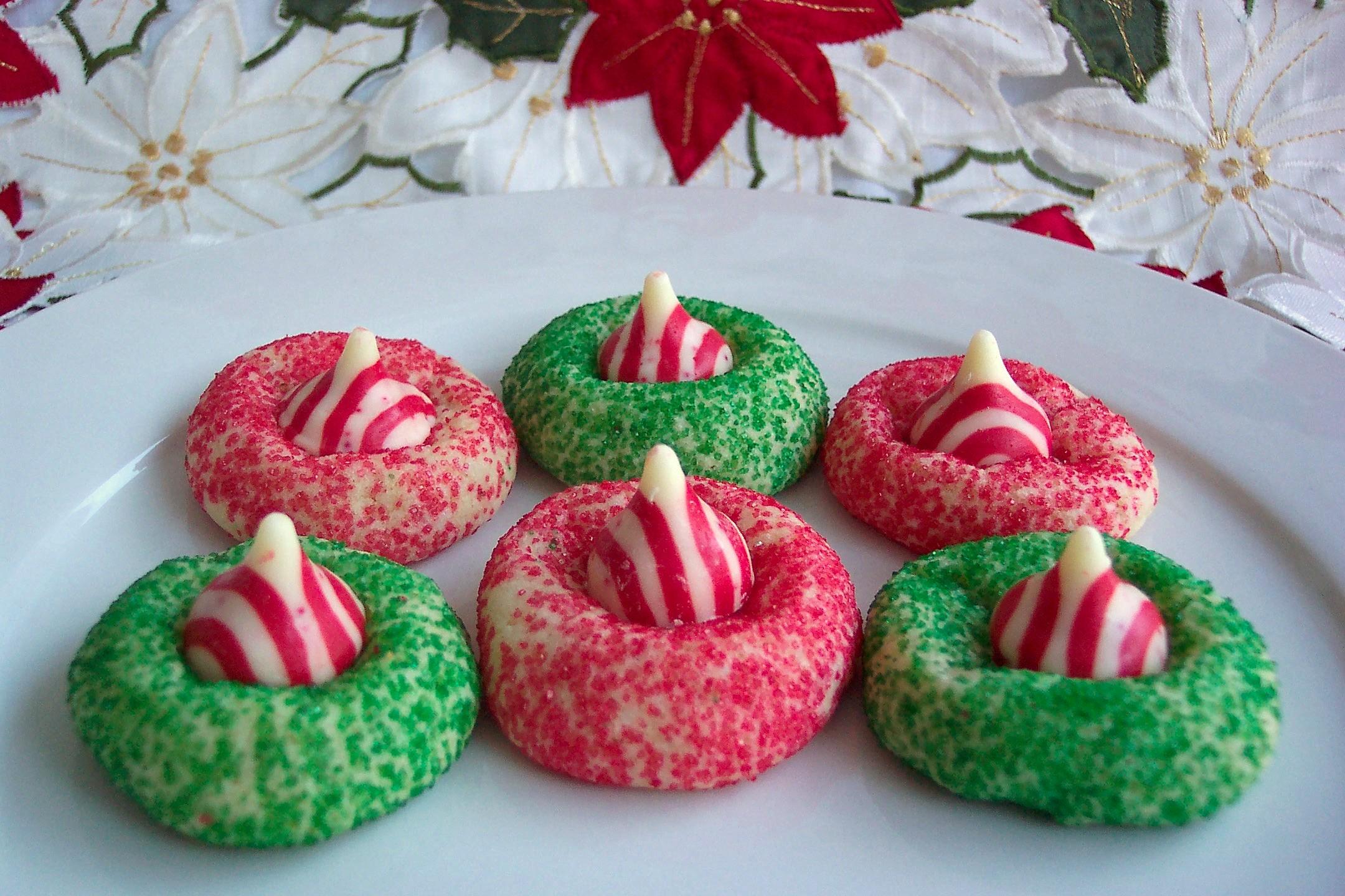 hershey-candy-cane-kiss-cookies.jpg